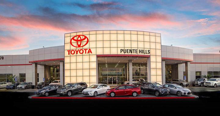 Beauty-Shot-Toyota-Signage-Storefront